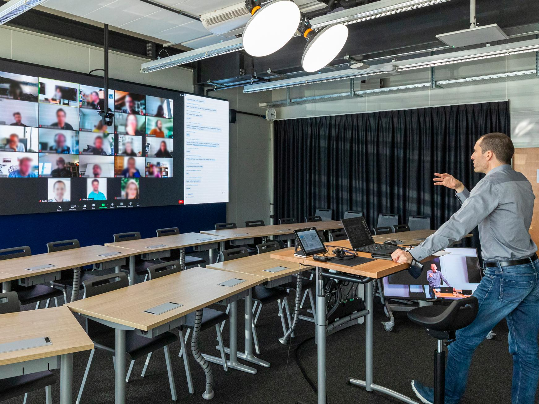 HEC Lausanne is reinventing its online executive education programs with an innovative, immersive solution
